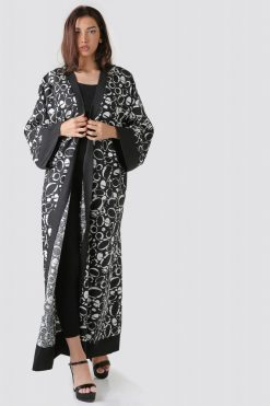 Black and White Bisht Abaya